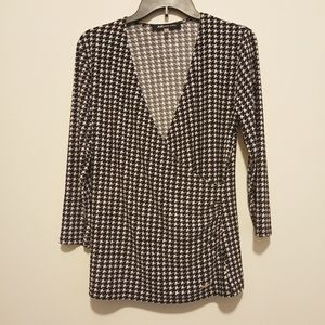 Anne Klein patterned top
